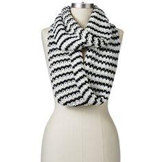 Dearfoams Chunky Knit Infinity Scarf black ivory (Kohls)