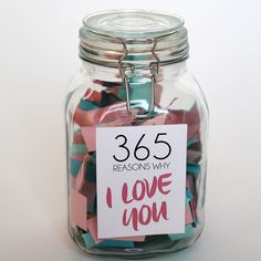 A #DIY 365 Reasons Why I Love You Jar is the perfect gift for your loved one. It'll keep your partner smiling all year round.
