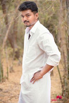 Vijay at Puli movie shooting spot