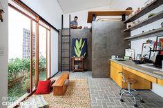 Antiga edícula transformou-se no ateliê-dormitório de um jovem artista