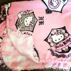 #Hello #Kitty #Fleece #Blanket #pink #black Feb.2014