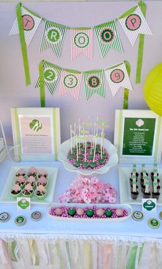 Pink and green Girl Scouts Party Ideas Girl Scout Swap, Girl Scout Leader, Girl Scout Troop, Brownie Girl Scouts, Girl Scout Cookies, Girl Scout Bridging, Investiture Ceremony, End Of Year Party, Girl Scout Activities