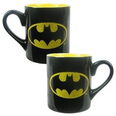 Batman Logo Glitter Mug I am the night. It has the Dark Knight logo on, and just the logo has glitter. Knight Logo, Batman Logo, Geek Girls, Mugs Set, Dark Knight, Toys For Girls, The Darkest, Gadgets, Geek Stuff