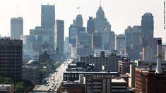 Detroit was home to 2 million residents at its peak, but now the city is down to roughly 700,000. That's still 700,000 people living their l...