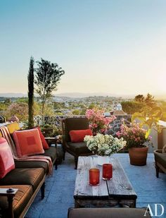 rooftop terrace- I don't care if I have a house. All I want is a rooftop, sun, and a patio Outdoor Rooms, Outdoor Living, Outdoor Furniture Sets, Indoor Outdoor, Outdoor Decor, Rustic Outdoor, Modern Furniture, Outdoor Retreat, Outdoor Seating