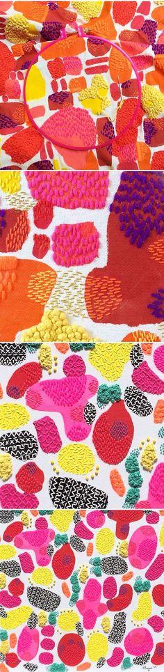 Not afraid Mélangeant application directe, sérigraphie et broderie, l'artiste australienne Liz Payne crée de magnifiques pièces textiles abstraites aux couleurs vibrantes. Rehaussant ses apla…