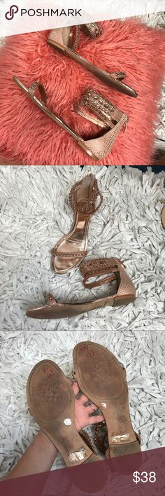 Vince Camuto Rose Gold Pink Sandals Gently used Vince Camuto Rhinestone Bling Sandals! super cute with Denim shorts and summer dresses! Very comfort and no stones are missing. Both zippers are in working condition and these have been worn just a few times..runs true to size, accepting all reasonable offers. Vince Camuto Shoes Sandals
