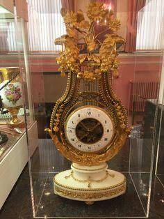 Antique handmade European Exquisite Brass Classical Mechanical Deer Clock