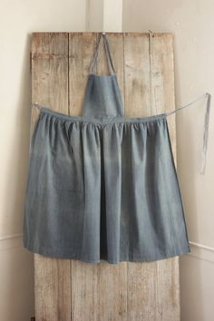 Antique French Country blue APRON cotton chambray Indigo blue c1880 #Country work wear chore wear www.textiletrunk.com