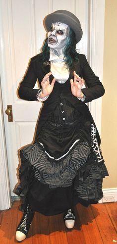 My outfit & make-up for Cobweb Club. Victorian Gothic, My Outfit, Horror, Club, Halloween, How To Make, Outfits, Style, Fashion