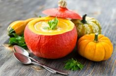 New recipes from pumpkin Hokkaido appreciate everyone who get to like the taste of this healthy and in the same time culinary v. Healthy Soup Recipes, Great Recipes, Whole Food Recipes, Healthy Foods, Pumpkin Soup, Pumpkin Recipes, Pumpkin Dishes, Baked Pumpkin, Plant Based Diet