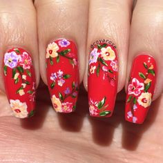 Red vintage floral nails nail art