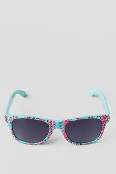 Boho Sunglasses. The perfect accessory for your spring break outfit! Mint printed sunglasses.