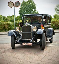 https://flic.kr/p/vVUnfC   Automuseum Dr. Carl Benz, Ladenburg   Klein, aber sehr fein Taxi