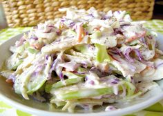 This apple coleslaw recipe looks good, but the picture does NOT seem to match the ingredients. Still, the recipe itself might work. Veggie Recipes, Paleo Recipes, Cooking Recipes, Apple Coleslaw, Apple Slaw, Coleslaw Recipes, Healthy Snacks, Healthy Eating, Paleo Side Dishes