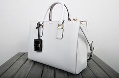 DOLCE & GABBANA ORIGINAL White Textured Leather Clara Satchel Tote Bag RRP $2525 #DolceGabbana #TotesShoppers