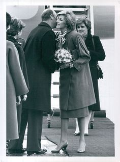 Vintage 1984 Lady Princess Diana Greeted In Oslo By Prince Harold Press Photo