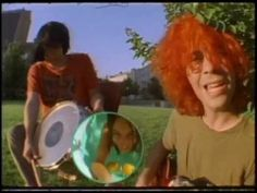 Used to have the cassette of this song. Instill find this song to be awesome. The Flaming Lips - She Don't Use Jelly [Official Music Video]