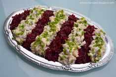 Components: herring fillets 3 beets 1 onion 3 medium potatoes 1 apple canned cucumb Beet Salad, Xmas Food, Beets, Salads, Paleo, Food And Drink, Rice, Cooking Recipes, Potatoes