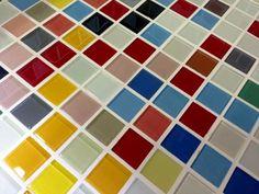 綺麗なモザイクガラスタイル ミックス 22mm角 (GLASS) | 作善堂 本店 モザイクタイル ガーデンシンク