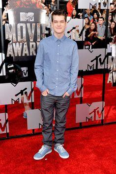 Pin for Later: Ganz Hollywood kommt zum roten Teppich der MTV Movie Awards Liam James