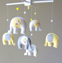 Baby crib mobile - Custom Baby Mobile - Elephant Mobile - Giraffe Mobile - You can PICK ur COLORS and FABRIC :)