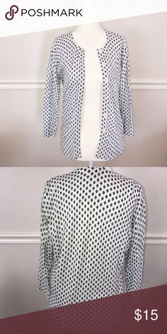 Merona Black & White Cardigan Black and white cardigan, good used condition. Perfect for chilly fall weather coming up! Size Medium Merona Sweaters Cardigans