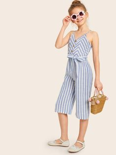 Girls Button Front Self Belted Striped Culotte Jumpsuit – Kidenhouse Girls Fashion Clothes, Tween Fashion, Fashion Outfits, Sporty Outfits, Kids Outfits, Cute Outfits, Moda Junior, Baby Dress Design, Girl Dress Patterns