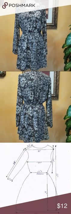 6b1c4f8329 Forever 21 Womens Black White Floral Dress Forever 21 Women s Black White  Floral Tunic Dress Long Sleeve Size Large New with tag Elastic waist 100%  ...