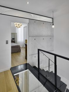 Completed in 2016 in Marseille, France. Images by David Giancatarina. Complete refurbishment of this duplex in the center of Marseille. Architecture Renovation, French Architecture, Architecture Details, Interior Staircase, Staircase Design, Duplex Design, Floating Staircase, Farmhouse Remodel, Home Remodeling
