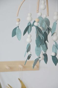 Browse all products in the Mobiles en laine feutrée category from Calm for Dreamers. Bunny And Bear, Felt Leaves, Felt Sheets, Birth Gift, Decoration Originale, Woodland Nursery Decor, Felt Ball, Baby Cribs, Felt Flowers