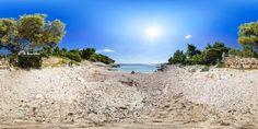 Beach Robinson - Hvar - Island Hvar - Dalmatia - Split - Croatia