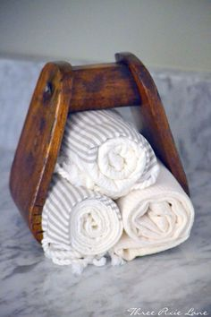 western stirrup towel holder