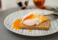 Como fazer ovos cozidos, mexidos e pochê