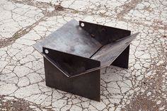 TECTON collapsible contemporary fire pit made in the uk. The fire pit you can take camping! Quickly assemble, locate the pegs and fire up the logs! Metal Fire Pit, Diy Fire Pit, Fire Pits, Garden Fire Pit, Fire Pit Backyard, Fire Pit Video, Camping Fire Pit, Fire Pit Materials, Fire Pit Ring