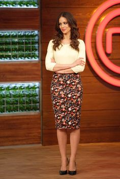 Eva González, con falda de tubo de Denny Rose