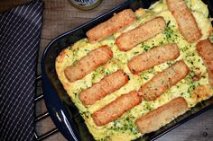 Ook kids zijn er dol op: Ovenschotel met vissticks, spinazie en mosterd-roomsaus.