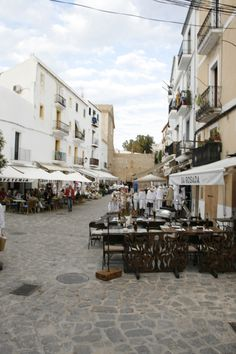 Dalt Villa, Eivissa, Ibiza by Jussi Megens