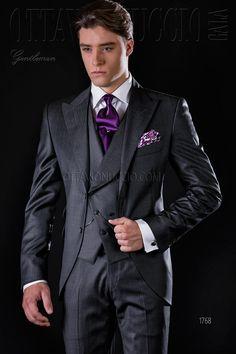 Charcoal gray peak lapel Italian formal suit #luxury #tuxedo #menswear #formalwear #dapper #elegance #madeinitaly