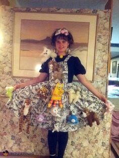 Crazy Cat Lady Costume - 2013 Halloween Costume Contest via @costumeworks