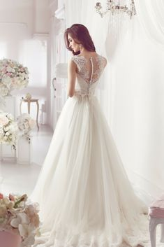 Unique Wedding Dress Albums For Your Inspirations Right Now! Go Visit Our Blog To Enjoy Our Awesome Wedding Dress Photos.