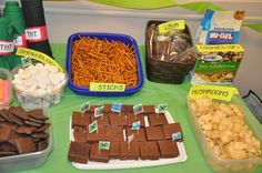 Minecraft Party Food (pinning now, reading later ; Minecraft Party Food, Minecraft Birthday Party, 10th Birthday Parties, Birthday Party Decorations, Birthday Ideas, 7th Birthday, Party Entertainment, Party Time, Party Party