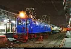 RailPictures.Net Photo: ESS3201 (Bon-Bon) PT Kereta Api Indonesia ESS3201 at Jakarta, Indonesia by Ian Van De Blazz Antonio.  he First of Old Electric Locomotive is reborn. ESS3201 Werkspoor and Djoko Kendil Presidential Trainset running from Jatinegara Station to Manggarai Station.