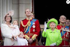 "Kate Catherine Middleton,  princess Charlotte,  prince George,  prince William,  Elisabeth II ,  prince Philip, Peter Phillips, Buckingham  ""Trooping The Colour""  2016  London"