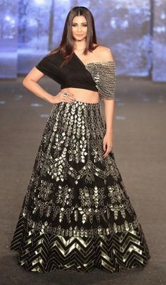 Beautiful Lehenga with modern blouse. Superb embellishments of embroidery and gota work with traditional embroidery. Party Wear Indian Dresses, Designer Party Wear Dresses, Indian Fashion Dresses, Indian Bridal Outfits, Indian Gowns Dresses, Dress Indian Style, Indian Designer Outfits, Indian Fashion Modern, Indian Wedding Gowns
