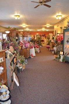 Sarah's Flowers & Gifts is  full service flower shop located in Manchester Iowa www.sarahsflowersandgifts.com