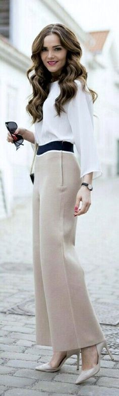 Chic color block outfit.