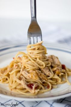 Chicken Spaghetti Recipes With Rotel.Instant Pot Chicken Spaghetti 365 Days Of Slow Cooking . Tastefully Done: Rotel Chicken Spaghetti. Cooker Recipes, Crockpot Recipes, Healthy Recipes, Yummy Recipes, Healthy Food, Rotel Chicken Spaghetti, Spaghetti Squash, Chicken Spaghetti Recipe Crockpot, Baked Spaghetti