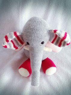 elephant crochet elephantamigurumi elephant elephant by zizubizus