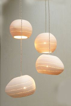 This pendant light is made of translucent porcelain casting. Four bells, one ball and three eggs shape. (The price is for all, as seen in the picture) The translucency of the porcelain creates a special effect when the light is on. This chandelier creates a warm and elegant atmosphere. It may be Chandelier Design, Lamp Design, Ceramic Light, Ceramic Pendant, Diy Luminaire, Egg Shape, Lampshades, Interior Lighting, Ceramic Pottery